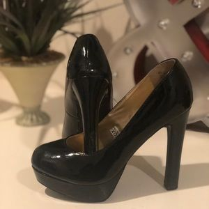 6.5 Black Patent leather Mossimo Platform heels